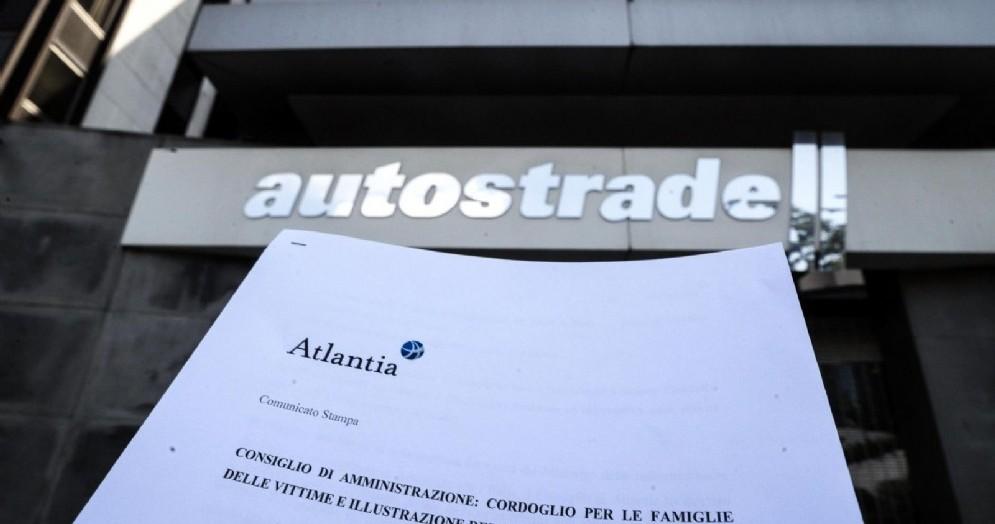 Il comunicato stampa al termine del consiglio di amministrazione di Atlantia presso la sede di Autostrade