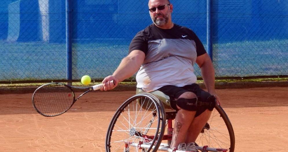 Il tennista di casa Roberto Toso