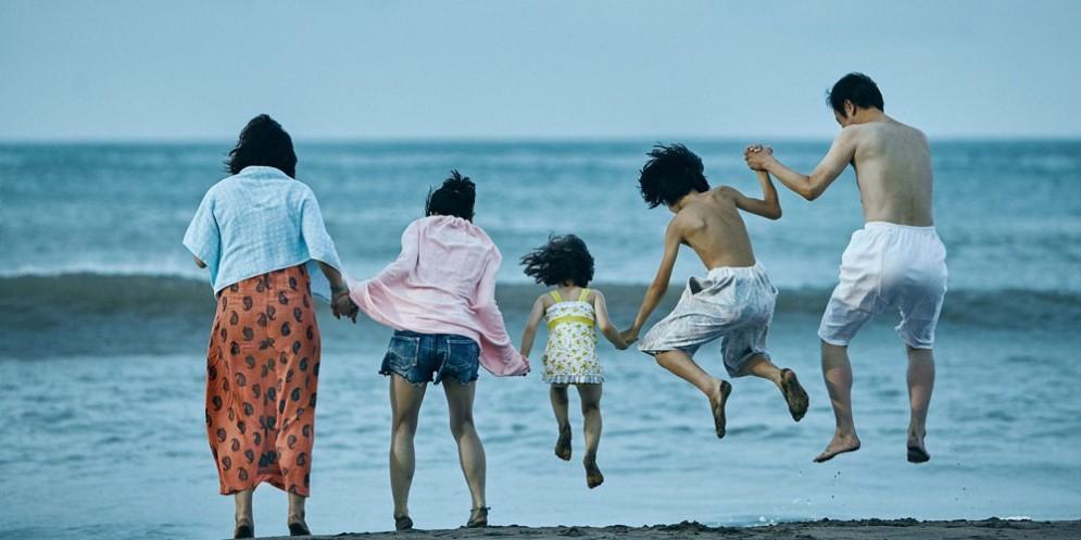 'Un affare di famiglia': l'emozionante opera di Kore-eda al Visionario in versione originale