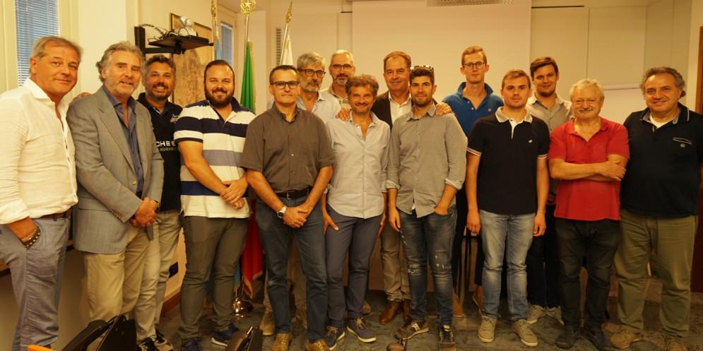 Volontari nelle zone terremotate del Centro Italia: premiati i geometri friulani