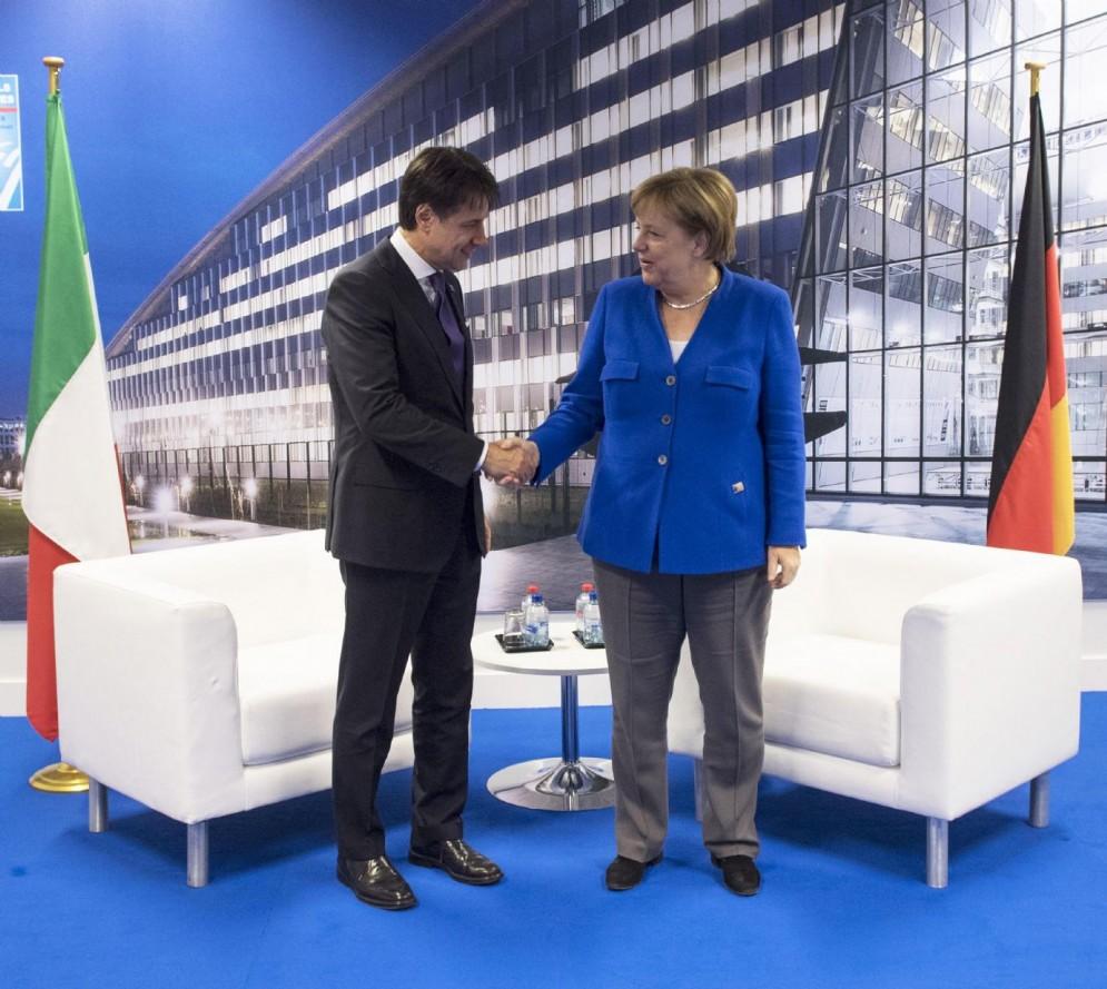 Giuseppe Conte e Angela Merkel. Bruxelles, 11 luglio 2018