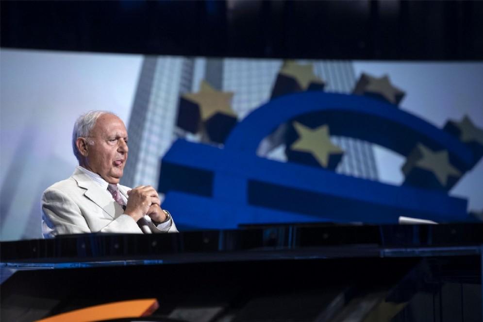 Il ministro degli Affari europei, Paolo Savona