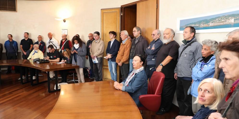 Trieste: consegnati gli abbonamenti gratuiti ai Nonni-Paletta