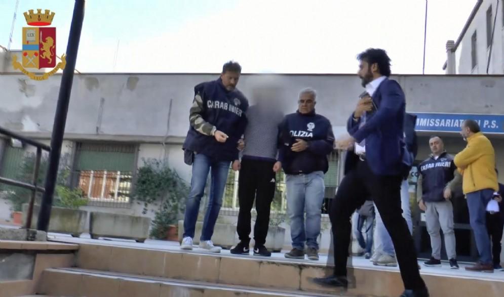 Un fermo immagine tratto da un video della Polizia