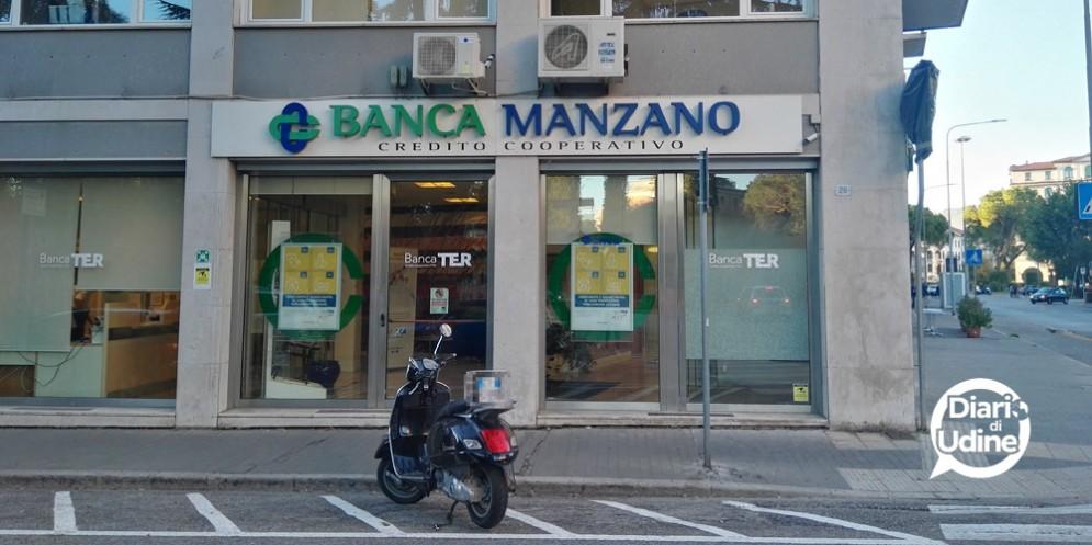 Rapina nella filiale BancaTer di viale della Vittoria. Bottino da 70 mila euro