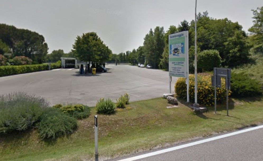 Ancora a segno la 'banda dei distributori': colpo a Gemona