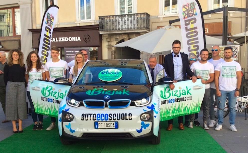 A Trieste laprima auto elettrica per scuola guida d'Italia