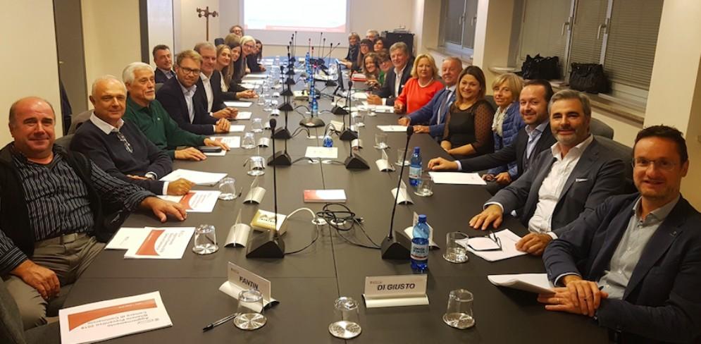 Ultima seduta di giunta e consiglio per la Camera di Commercio di Udine