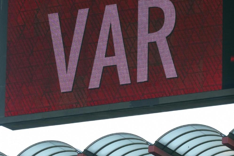 Il VAR è in uso nella serie A italiana dalla stagione 2017-2018