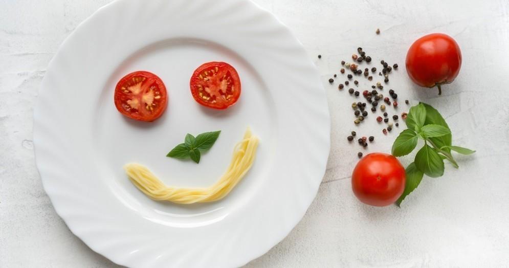 Gli alimenti che migliorano l'umore grazie alla serotonina