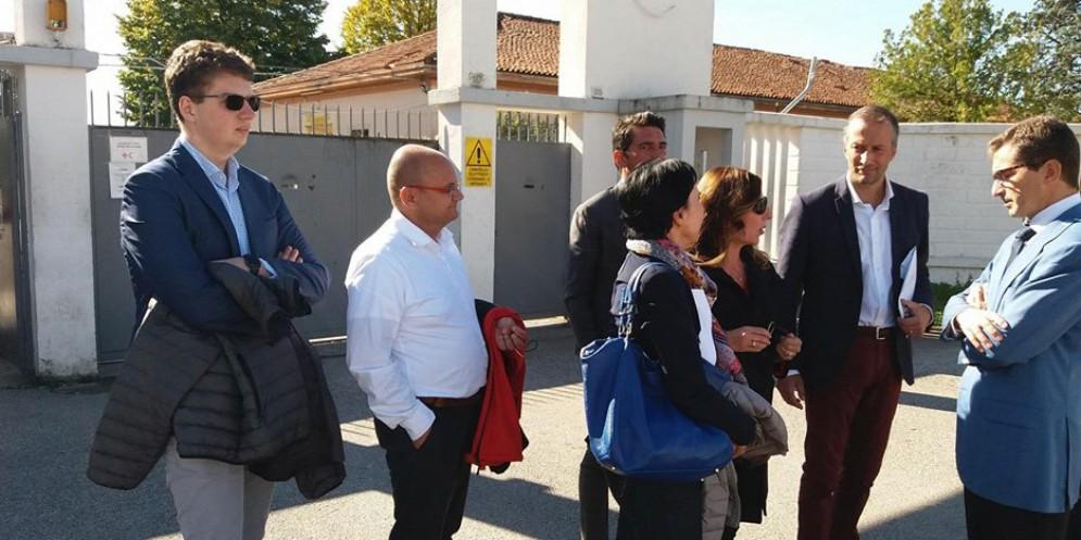 Sopralluogo alla Cavarzerani: ci sono 200 migranti in più