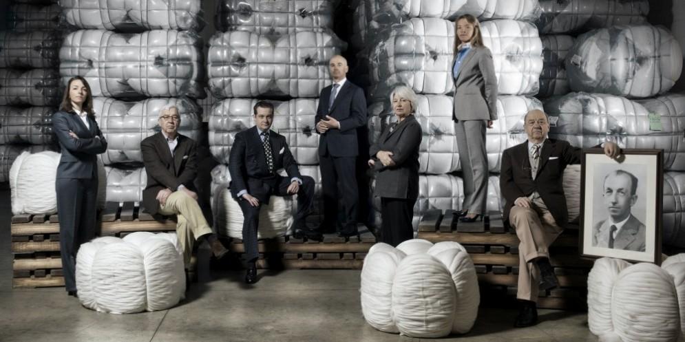Vitale Barberis Canonico acquisisce l'azienda «Drapers»