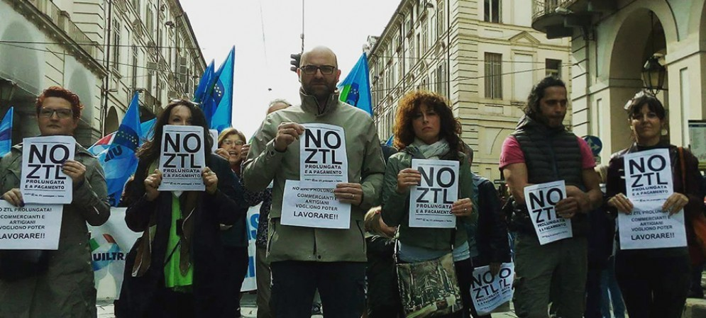 Proteste a Torino per la «nuova» Ztl