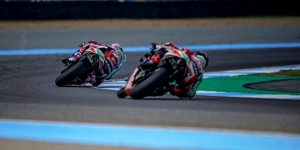 MotoGP: Sesta fila per Espargarò, ottava per Redding