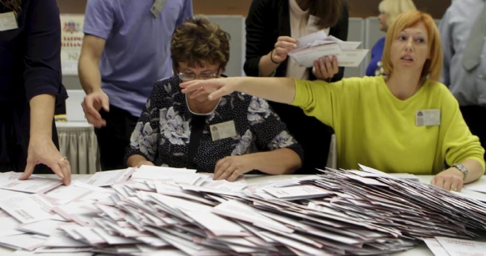 I conteggi delle elezioni politiche in Lettonia