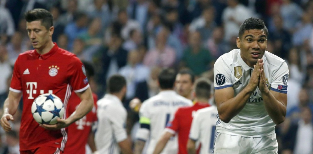 Bayern Monaco e Real Madrid avversarie in campo ed unite da un momento di enorme difficoltà