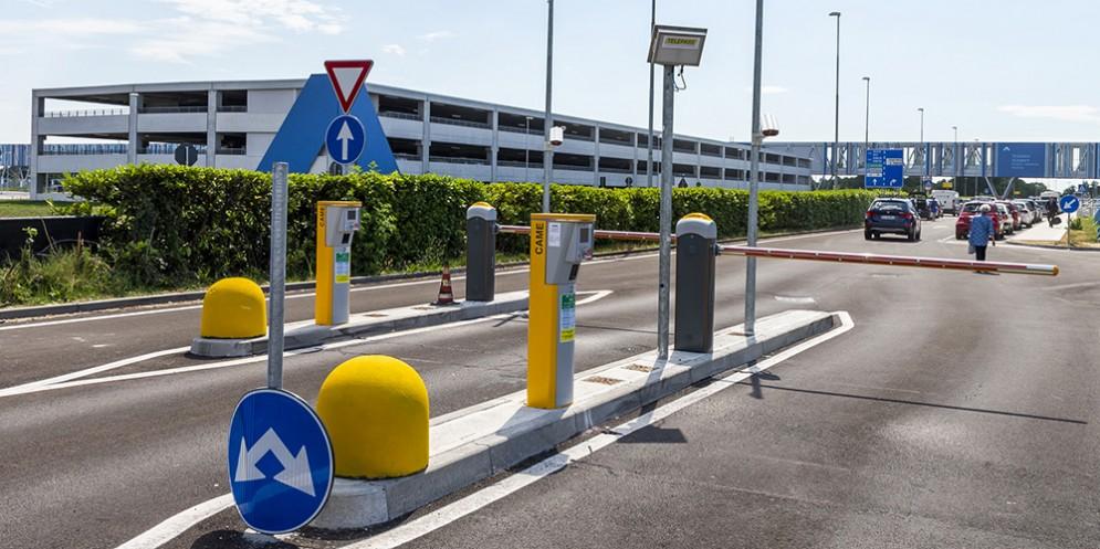 Barcolana50: a Trieste in treno dall'aeroporto con parcheggio a solo 3 euro al giorno