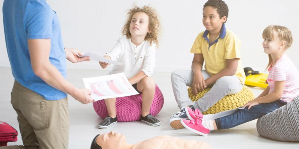 'Kids save lifes': bimbi al corso di rianimazione