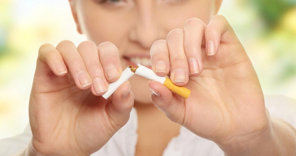 Trova un verme nel filtro della sigaretta