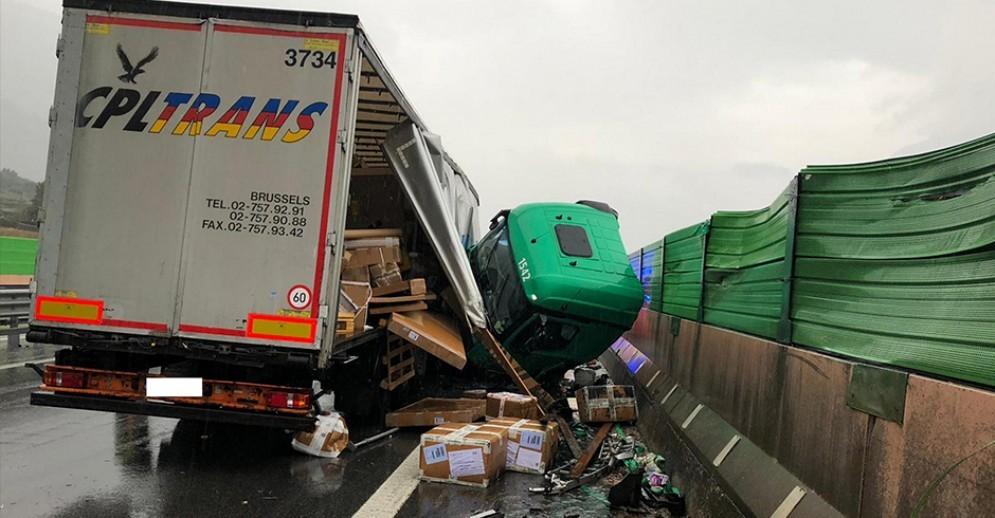 L'incidente avvenuto sulla A5