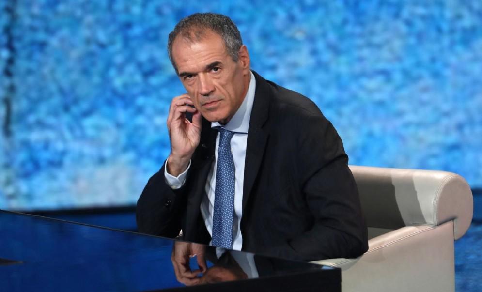 """L'economista Carlo Cottarelli ospite di """"Che tempo che fa"""" condotta da Fabio Fazio"""