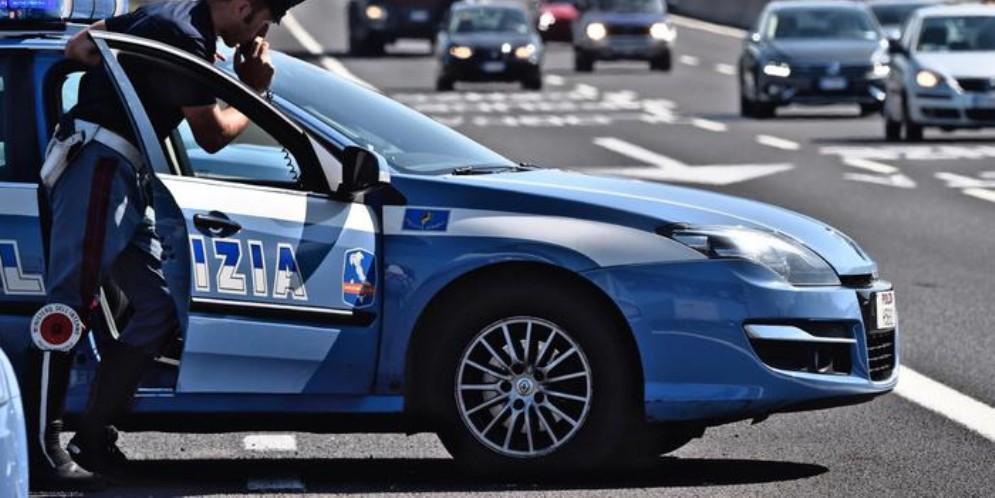 Torino-Bardonecchia, anziano bloccato in contromano dalla stradale