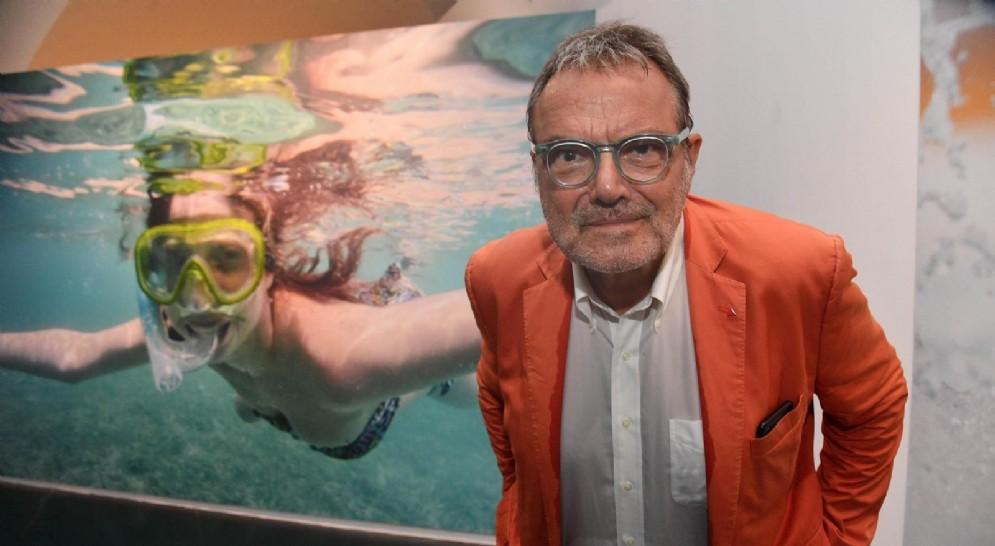 Il fotografo Oliviero Toscani durante la presentazione dell'anteprima della sua mostra fotografica