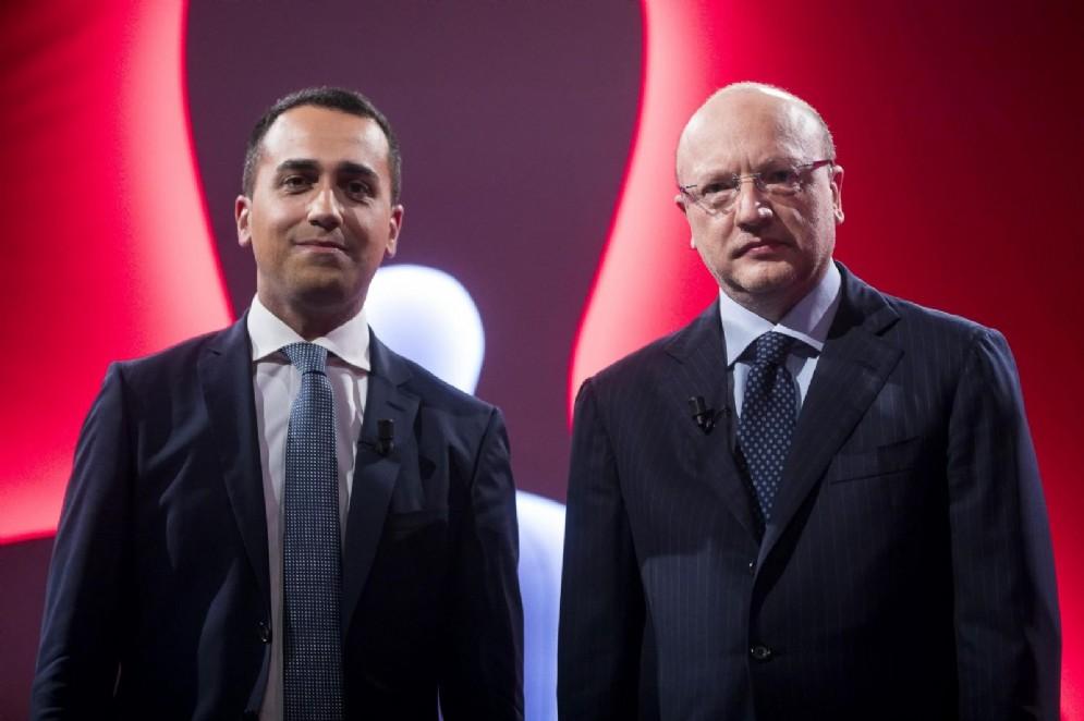 Il vicepremier e ministro del Lavoro e dello Sviluppo Economico Luigi Di Maio con il presidente di Confindustria Vincenzo Boccia