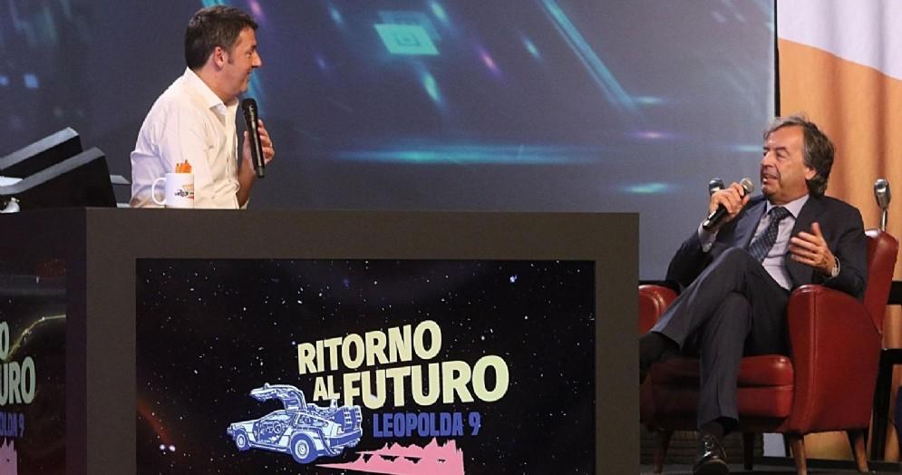 Matteo Renzi intervista il professor Roberto Burioni alla Leopolda 9 a Firenze