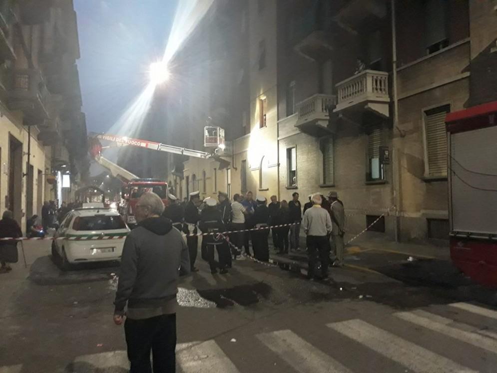 Tragedia sfiorata in via Ormea, crolla la tromba delle scale: 30 sfollati