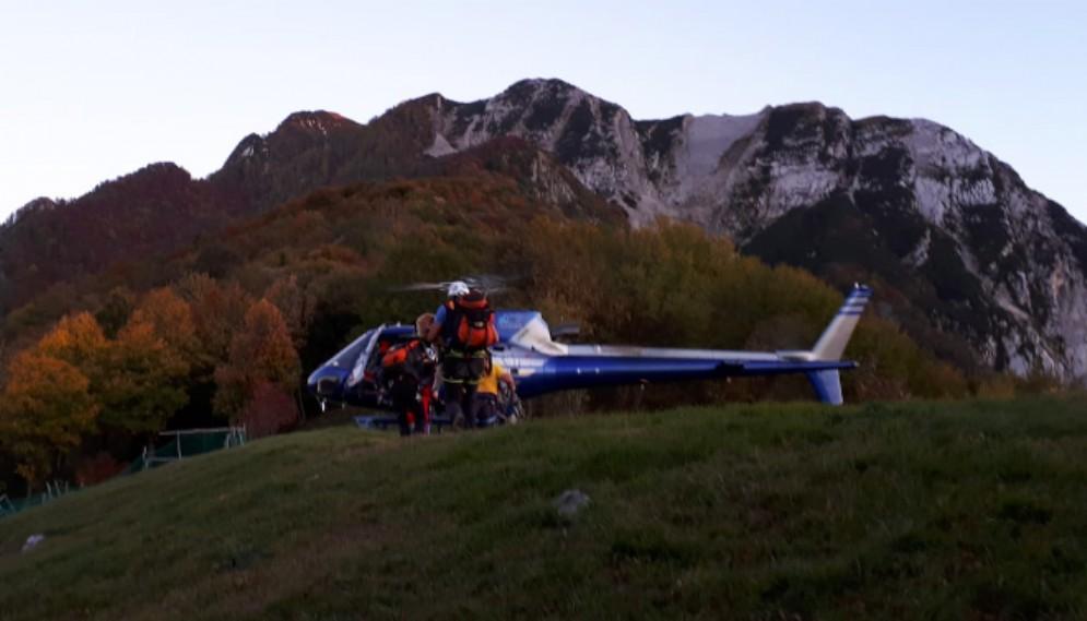 Escursionista di Passons incrodato sul Chiampon: interviene il Cnsas