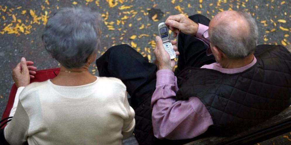 Anziani in un parco