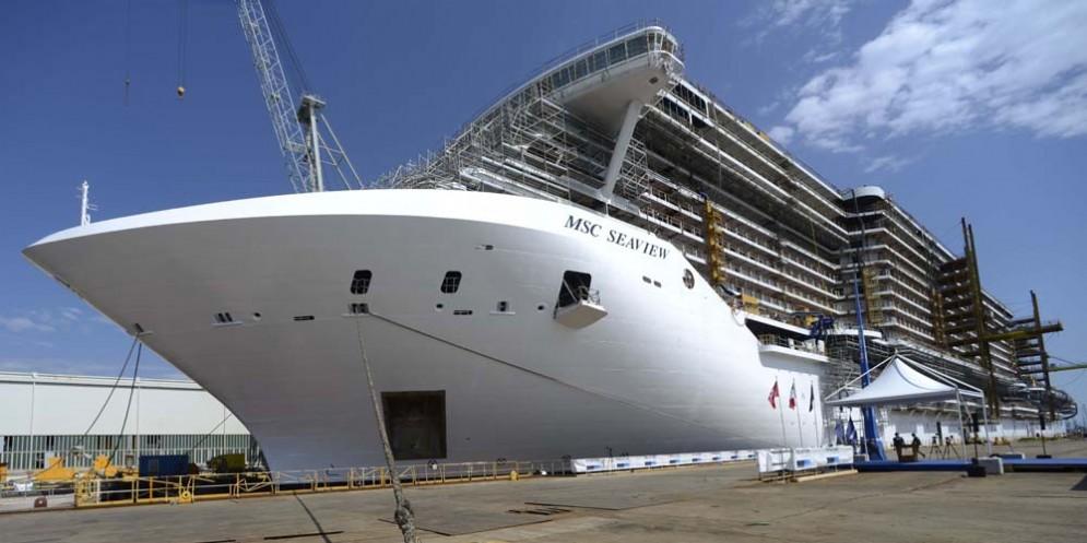 Fincantieri firma l'accordo con la francese Naval Group