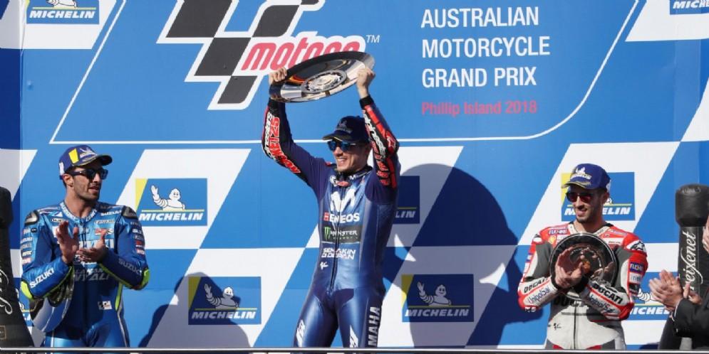 Il podio del GP di Australia 2018: Andrea Iannone (2°), Maverick Vinales (1°) e Andrea Dovizioso (3°)