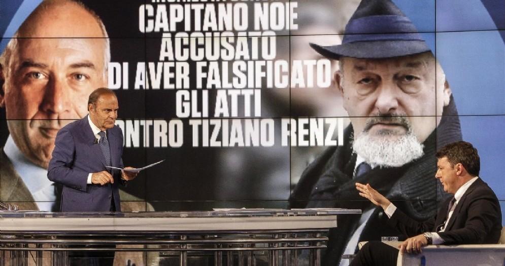 Matteo Renzi durante la trasmissione «Porta a Porta» condotta da Bruno Vespa