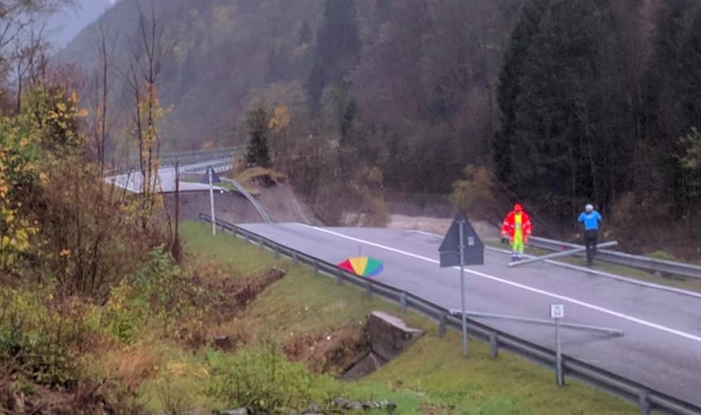 Prosegue l'emergenza in Carnia: evacuate 7 persone