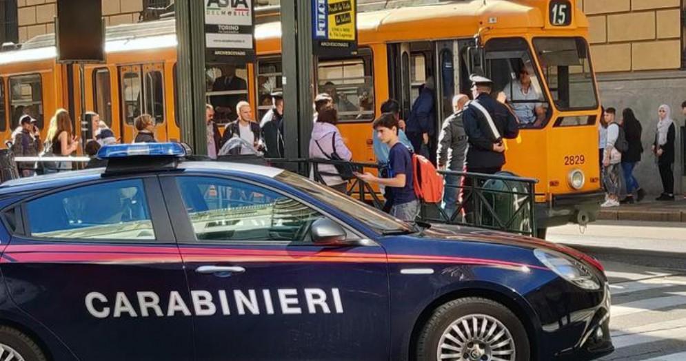 Testata all'autista del tram perché in pausa, arrestato a Torino