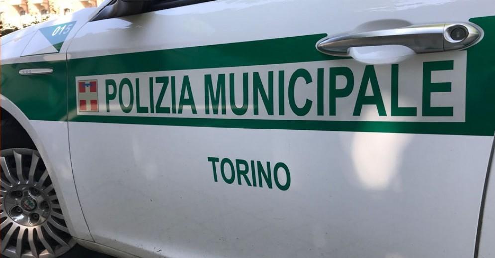 Controlli della municipale allo Sporting Dora