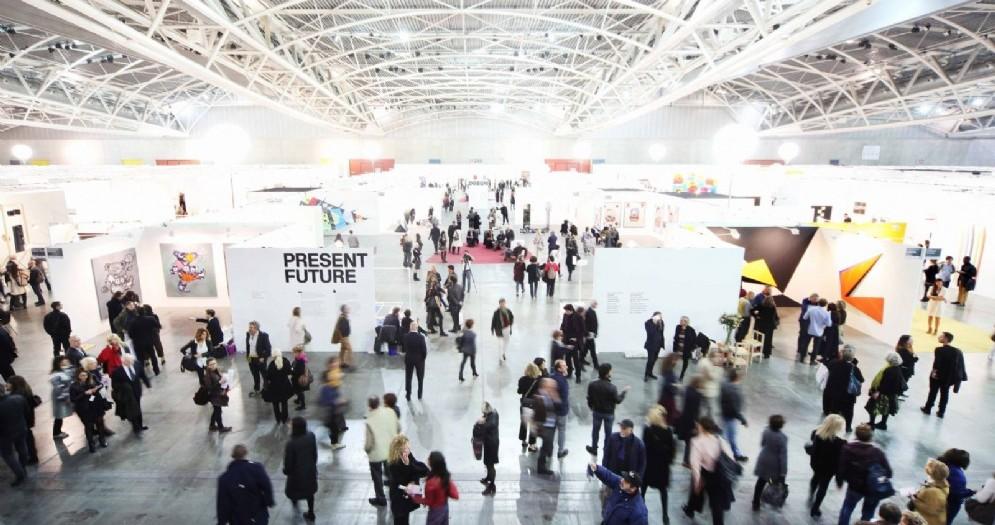 Torino è viva e ha voglia di arte: è boom di visitatori nel weekend dedicato all'arte contemporanea