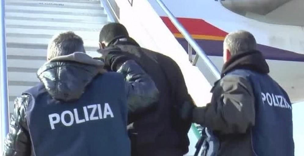 Nigeriana trovata con 20 mila dosi di eroina: sarà rimpatriata
