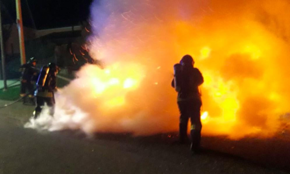 Auto a fuoco a Talmassons: intervengono i Vigili del Fuoco