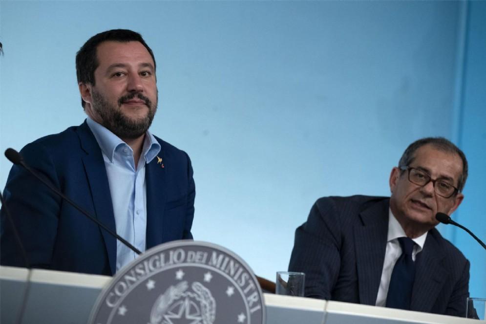 Matteo Salvini con il ministro dell'Economia Giovanni Tria