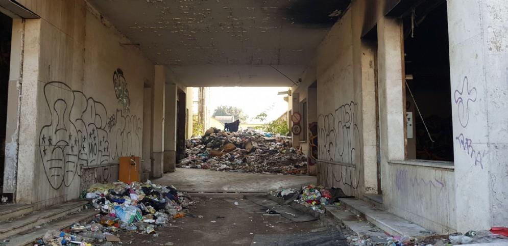 L'ingresso dell'ex fabbrica Penicillina di Roma