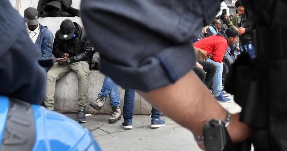 Operazione della Polizia alla Stazione Centrale di Milano