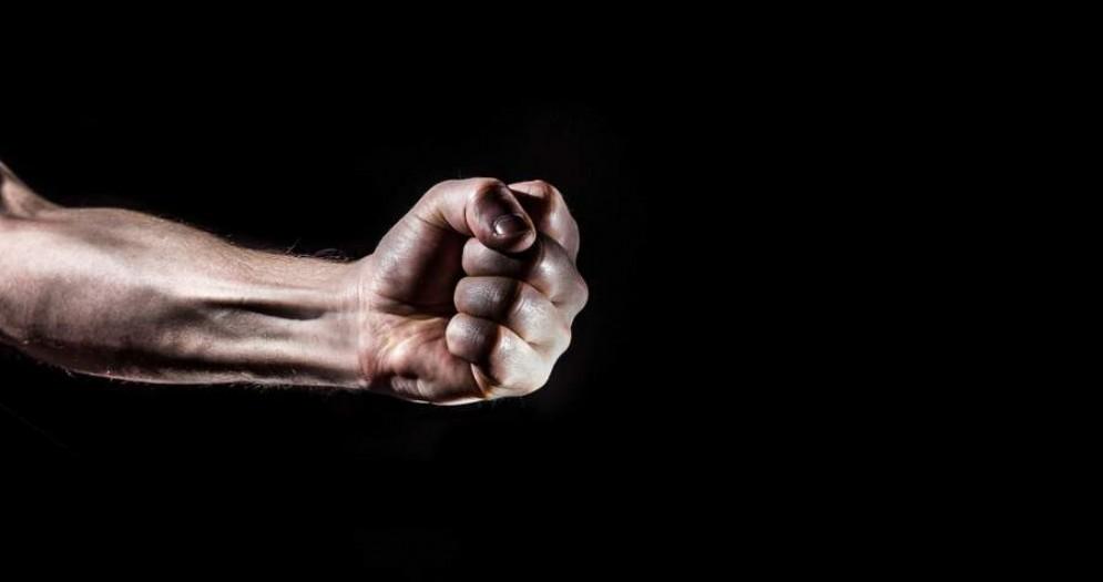 Lite violenta fra coniugi, devono intervenire i Carabinieri
