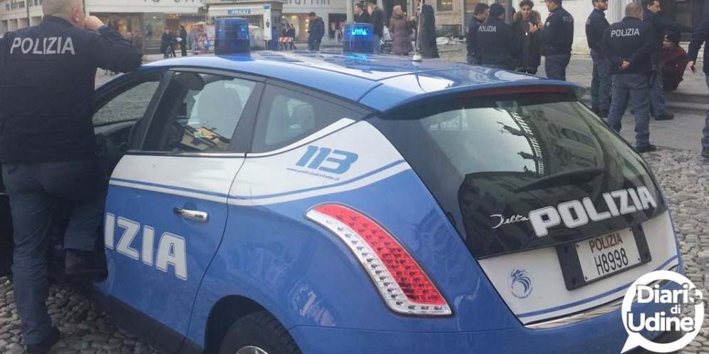 Fermato dalla Polizia con hashish e una banconota falsa: ha già cambiato 12 identità