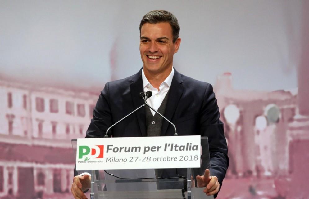 """Il premier spagnolo Pedro Sanchez alla kermesse """"Forum per l'Italia"""" del Pd"""