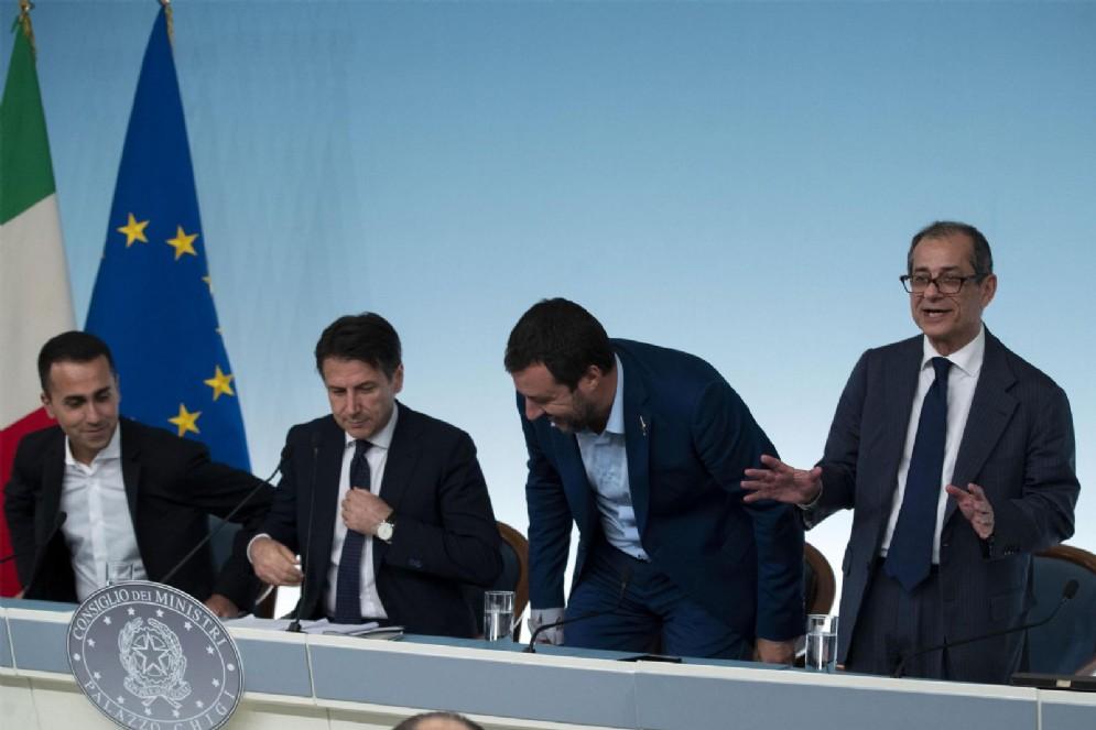 Luigi Di Maio, Giuseppe Conte, Matteo Salvini e Giovanni Tria