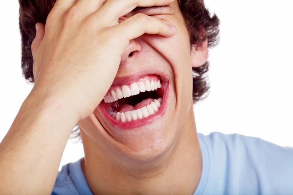 La risata gelastica di un bambino che aveva un tumore al cervello