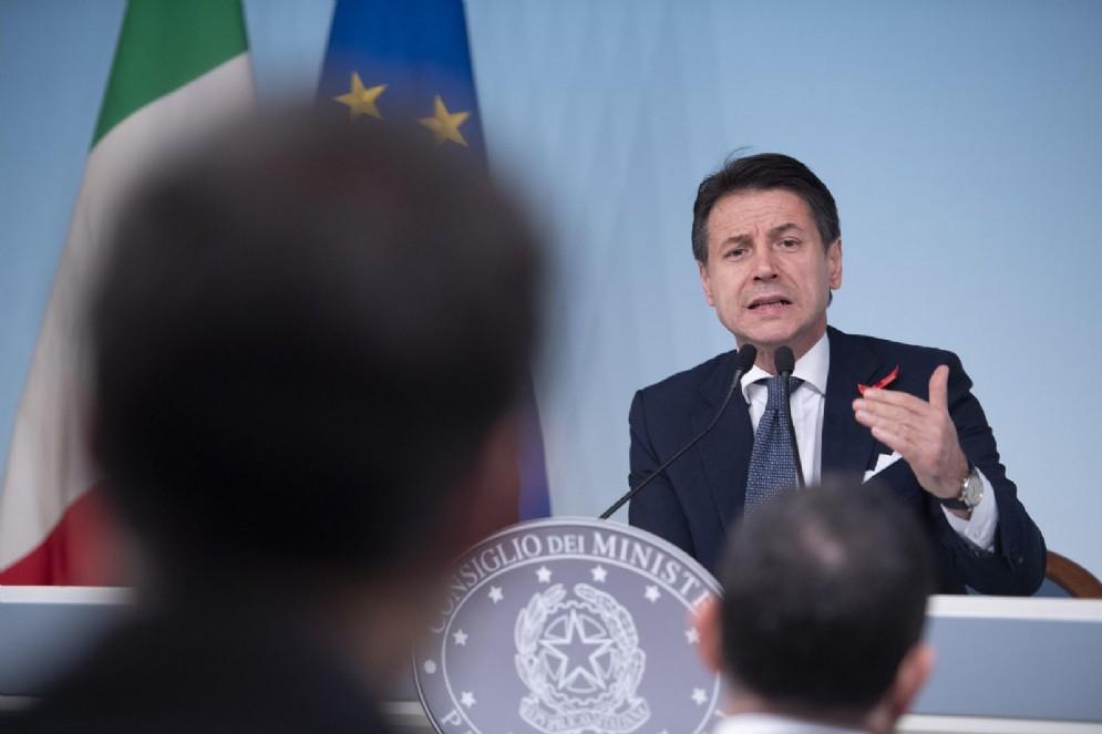 Giuseppe Conte nel corso della conferenza stampa a Palazzo Chigi